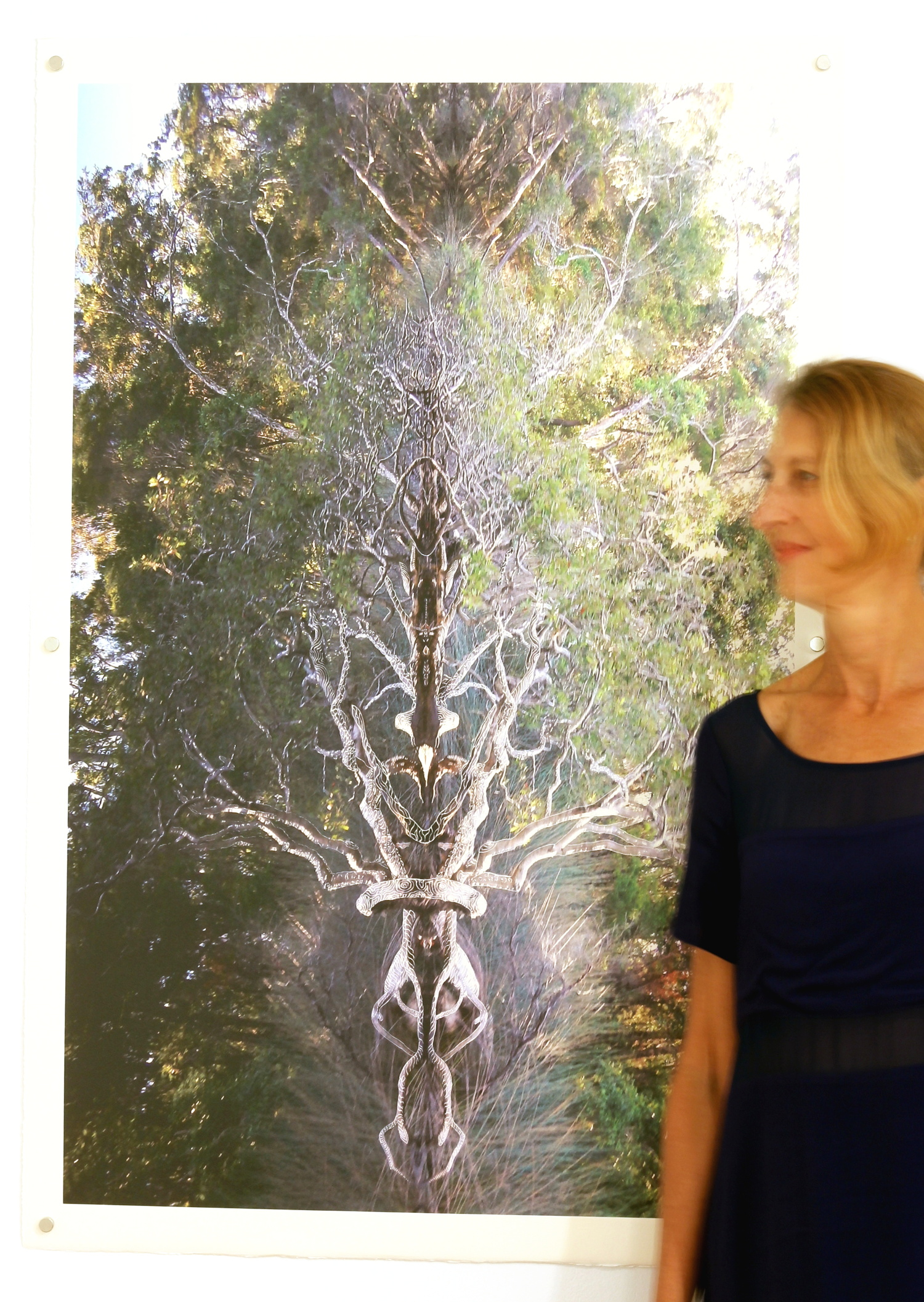 """Béatrice in front of """"Axis Mundi"""""""